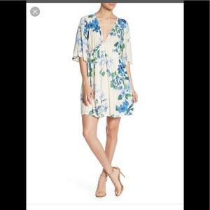 LoveStitch vneck dolman sleeve print dress